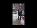 В Уфе начальник отдела по борьбе с коррупцией УМВД по РБ трогательно подарил на 8 Марта своей девушке – адвокату Лие Андреевой б