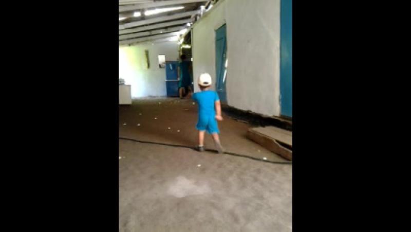 Video-2012-07-01-14-12-49.mp4