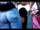 Лопоухая девушка дрочит член двумя руками и делает минет мужчине / порно секс анал трах домашнее русское студентка БДСМ чешское