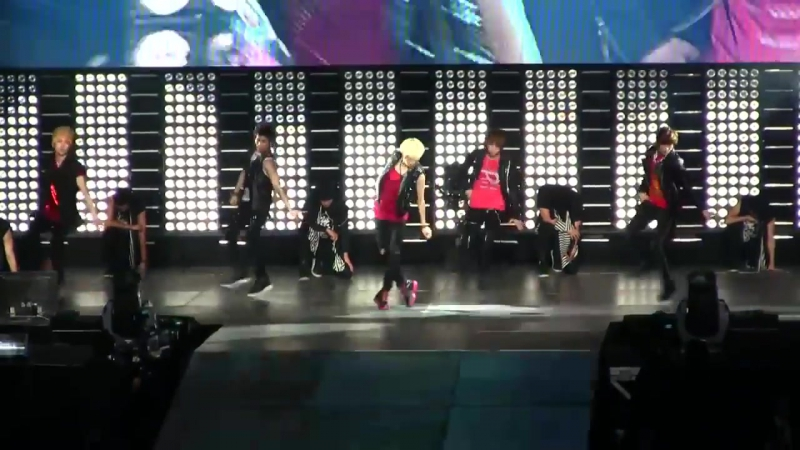 Shinee - Ring Ding Dong dance mirror SMTown NY