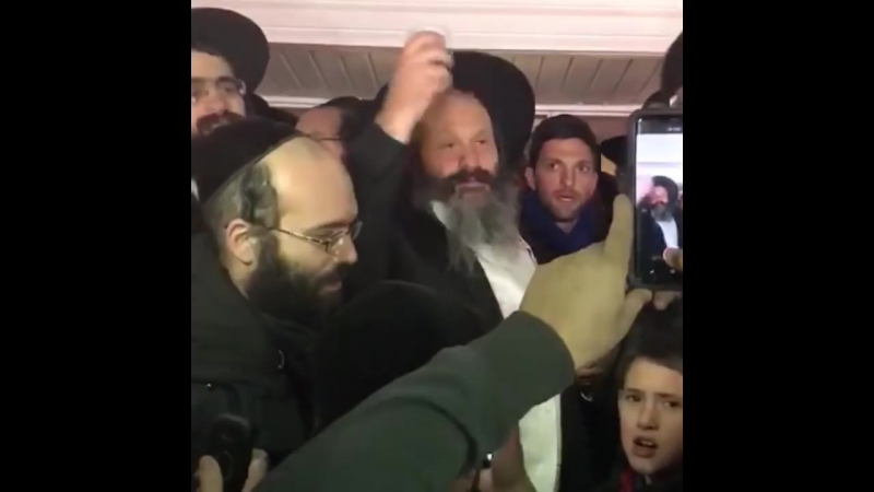 Sholom Mordechai Rubashkin welcomed at home