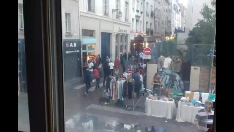 окно в Париж мы и они
