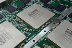 В России разрабатывают операционную систему для процессоров отечественного производства.