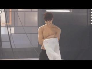 H O N G B I N naked