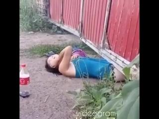 сказала чтоб смотреть видео мощная пьяная казашка люди, привыкшие