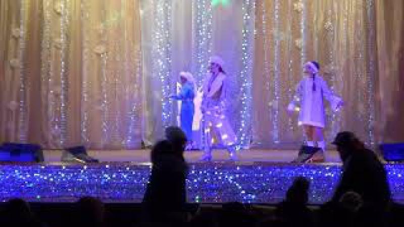 Театралізована вистава «Крижане серце королеви» (Часть 1)