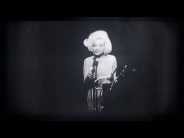 Marilyn Monroe is Adolf