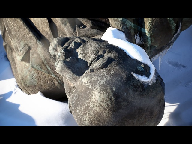 What Happened to the Hundreds of Lenin Statues, Toppled or Removed From Pedestals?