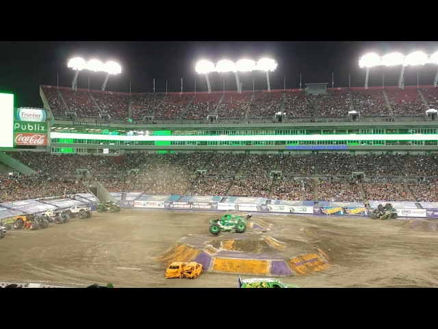 Grave digger Dennis Anderson Tampa 2017 injured