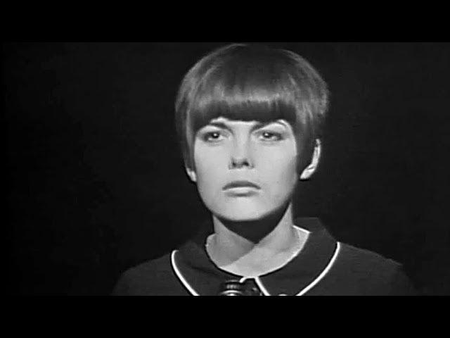 Mireille Mathieu - Le Noël De La Rue (Télé-Dimanche, 26.12.1965)
