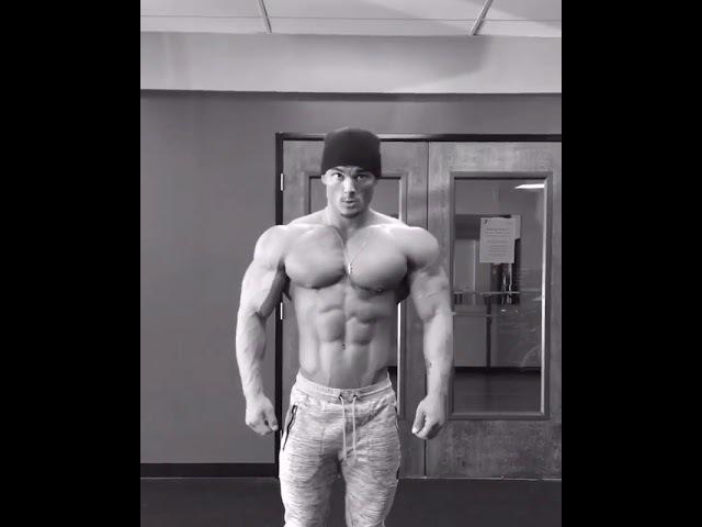 Jeremy buendia posing routine