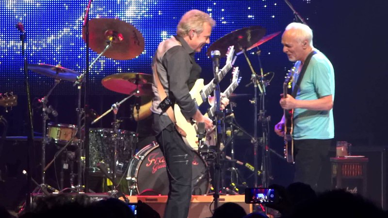 Don Felder Guitar Solo Performs 'Hotel California' at the Beacon Theatre, New York City