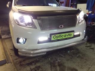 Toyota Land Cruiser Prado 150 замена штатных птф на биксеноновые герметичные модули Optimа Waterproof Lens 2.5