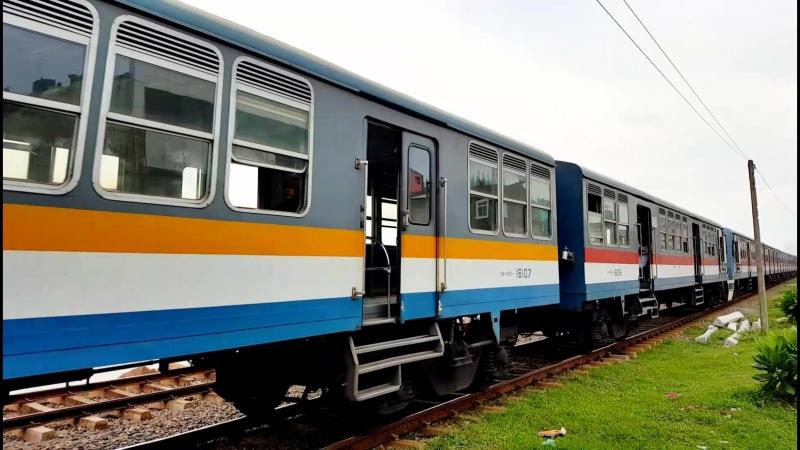 Colombo-poezd-u-morya.mp4