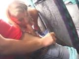 Сексом скрасили скучную поездку на автобусе (public, bus, sex, blowjob)