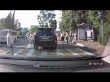 Женщина сбила велосипедиста на пешеходном переходе в Сочи. 13.05.18