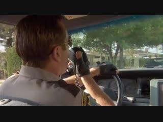 Reno 911 Дэнгл и  пилот-дебил