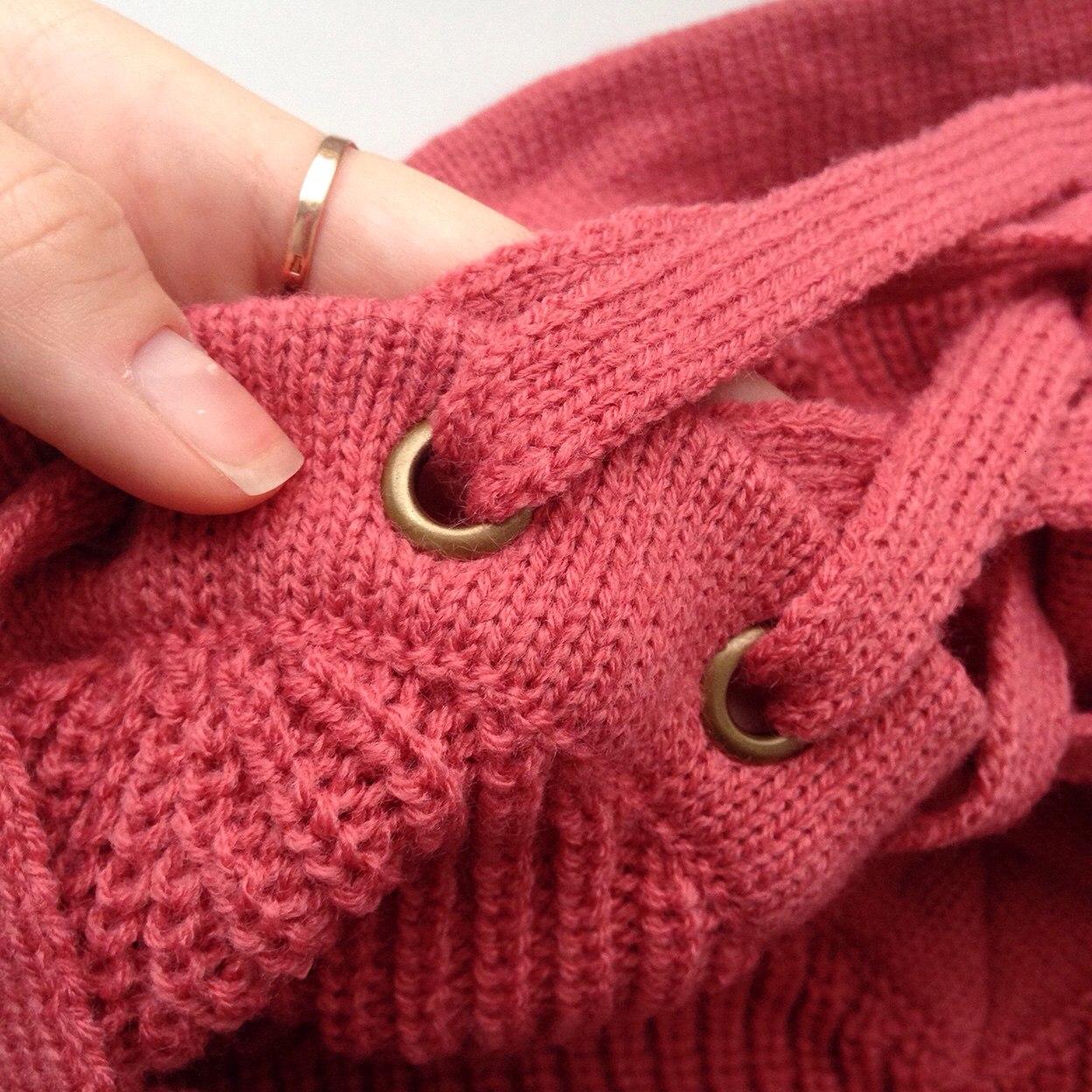 Тплый свитер + скидка 3