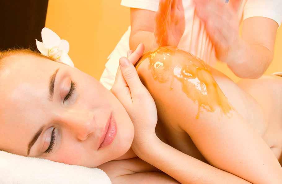 Уникальные свойства меда в косметологии