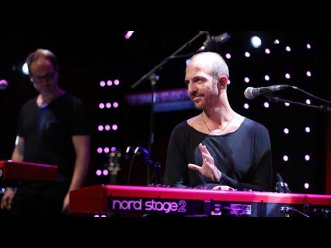 Calogero Je joue de la musique LIVE Le Grand Studio RTL