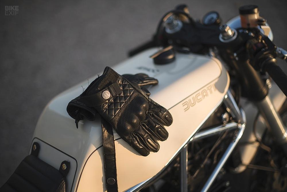 Ad Hoc: кафе рейсер Ducati 900SS
