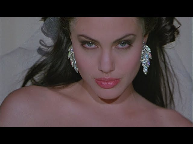 GIA Angelina Jolie - Bloodstain - Джиа