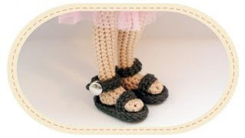 Вязаные босоножки для куклы. Crochet sandals for a doll.