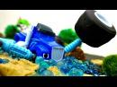 Vidéo de voitures Monstermachines en français Crusher est coincé dans la boue Route dangereuse⛔️
