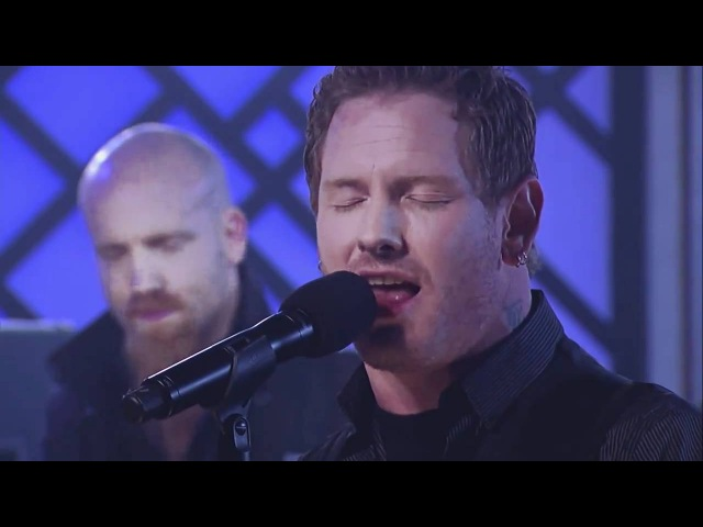 Stone Sour Performs Hesitate [HD]