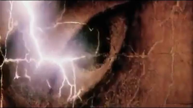 «Страсти Христовы» MMIV (The Passion Of The Christ,Мел Гибсон 2004,Лучшее) О событиях последних часов земной жизни Иисуса Христа