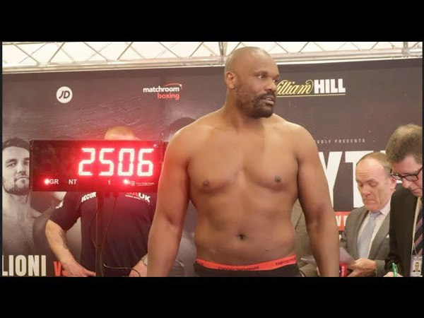 DERECK CHISORA v ZAKARIA AZZOUZI - OFFICIAL WEIGH IN HEAD TO HEAD
