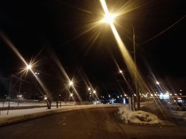 Освещение восстановили на участке дороги по улице Дыбенко