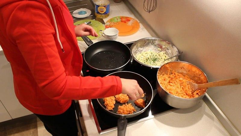 Овощные котлеты из моркови и цукини. Сhops from carrot and zucchini (Vegetarian dish).