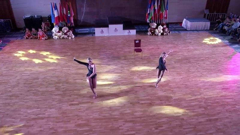 Lili Koncz and Alexandra Jalcs (Hungary) Dance Show
