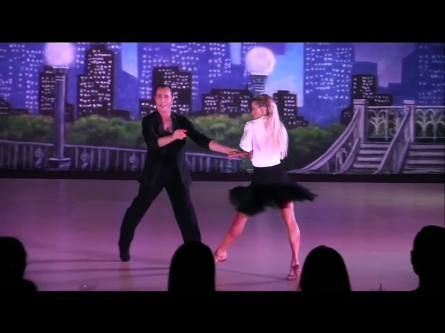 Riccardo Cocchi Yulia Zagoruychenko Cha Cha Show Dance at the 2017 Washington Open