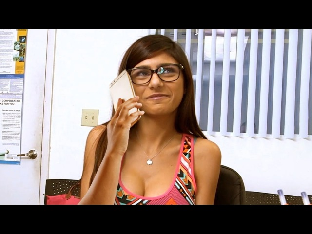 EL BANANERO vs EL MEGAPACK DE MIA KHALIFA