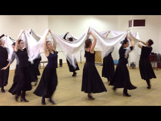 Татарский танец с платками