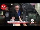 Tim Burton provoca euforia en su llegada a México
