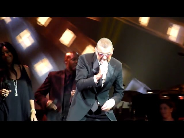 HD George Michael Amazing I'm Your Man live in Vienna 2012