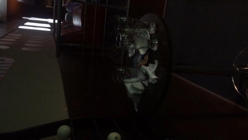Чернівці ! Всім пофіг на відвідувачів тобі пропонують брудний стіл!!
