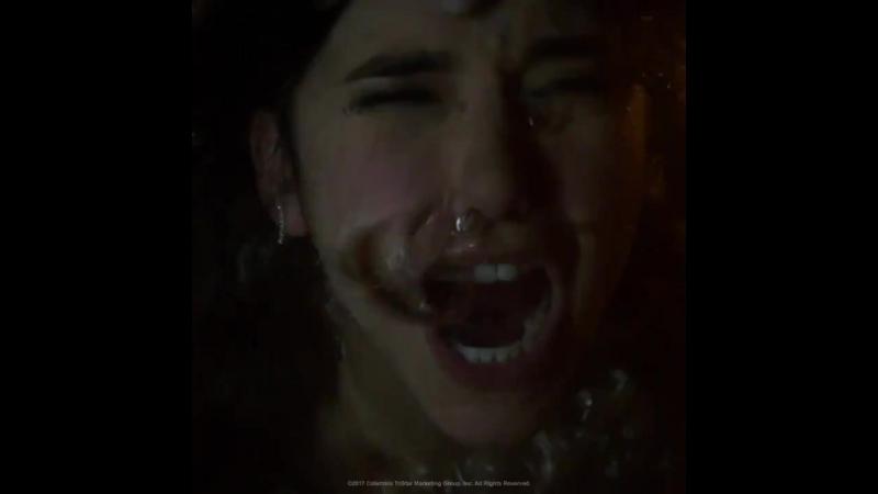 Teaser de Nina Dobrev em 'Alem da Morte' (Flatliners) divulgado pela Sony Pictures Brasil.