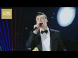 Украинский певец Дмитрий удивительно душевно исполняет на китайском языке песню