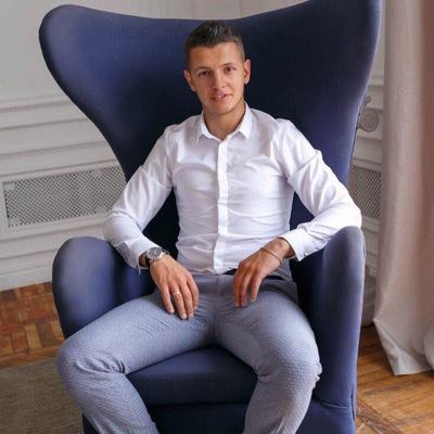 Макс Дегтярёв