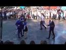 Вальс на площади Конаково школа №9 последний звонок 25.05.2017