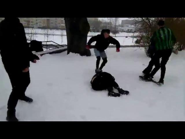 Избиение подростков в Слуцке. Они попали в больницу. Жесть