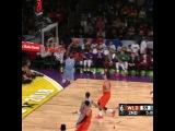 Boston Celtics в Instagram: «Jaylen finishes on the alley oop 💪»