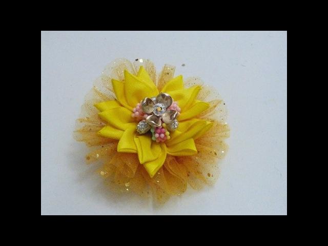 Hermosa Coleta con Flor de Puntas y Roseton de Tul, Accesorios para el CAbello