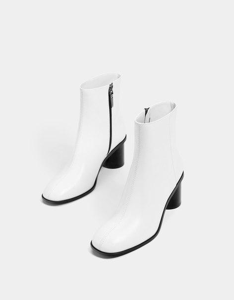 Ботильоны с контрастной молнией, на среднем каблуке