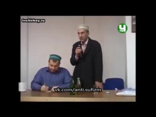 Выступление Магди Хажи Абидова перед студентами || Начинает свой призыв к исламу со лжи (анекдота)