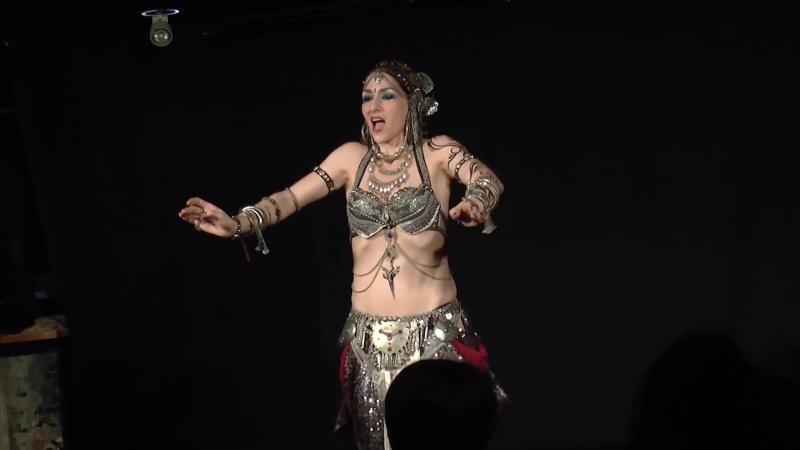 Eva Sampedro - Indian Tribal Fusion (Distant Temple)(Tokyo, Japan)(02-08-2015)